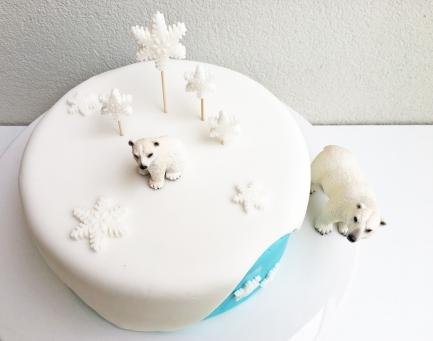 polar-bear-cake-10