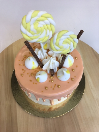 MyToertchen Drip Cake Course 10