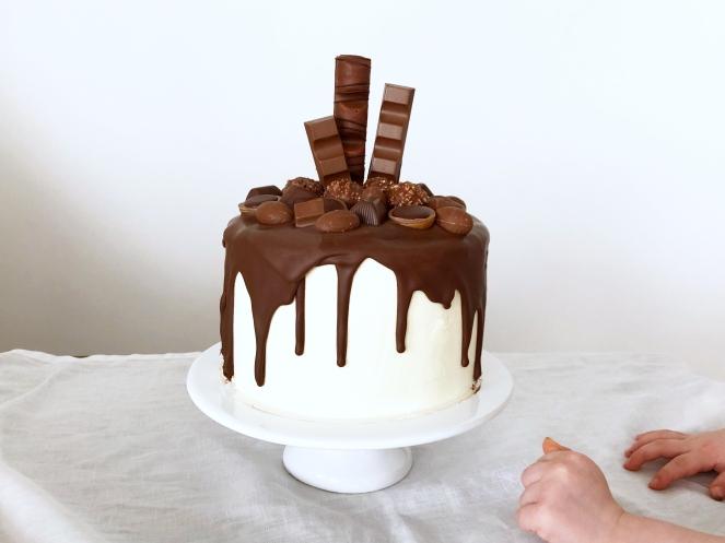 Nutella Drip Cake 04